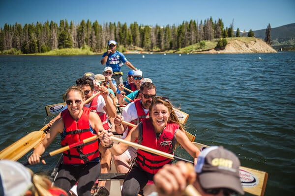 women canoeing with no barriers