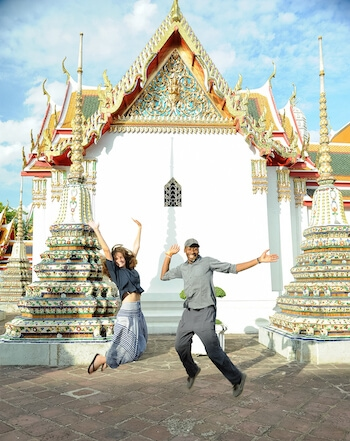 family volunteer vacation in thailand with no barriers; best family holiday in thailand